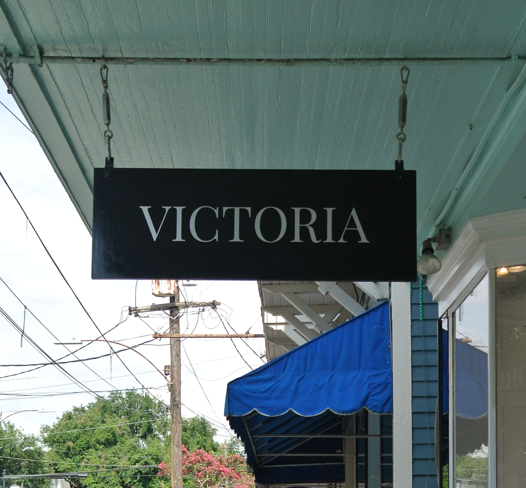 Victoria Clothing and Accessories. Audubon.