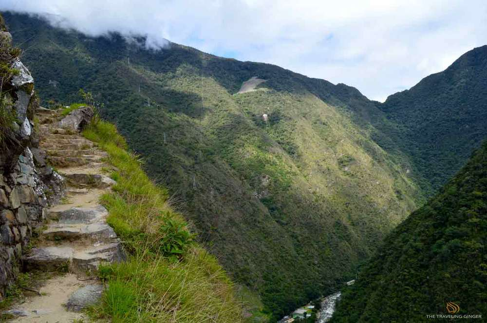 BEGGINING THEINCA TRAIL CONTIKI PERU