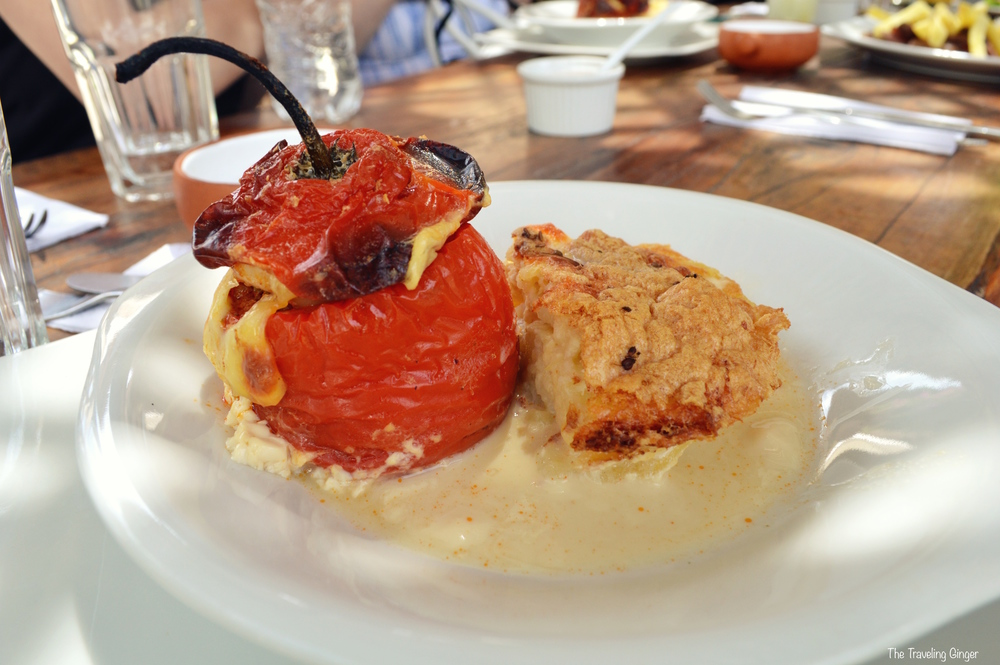 What to eat in Arequipa: rocoto relleno