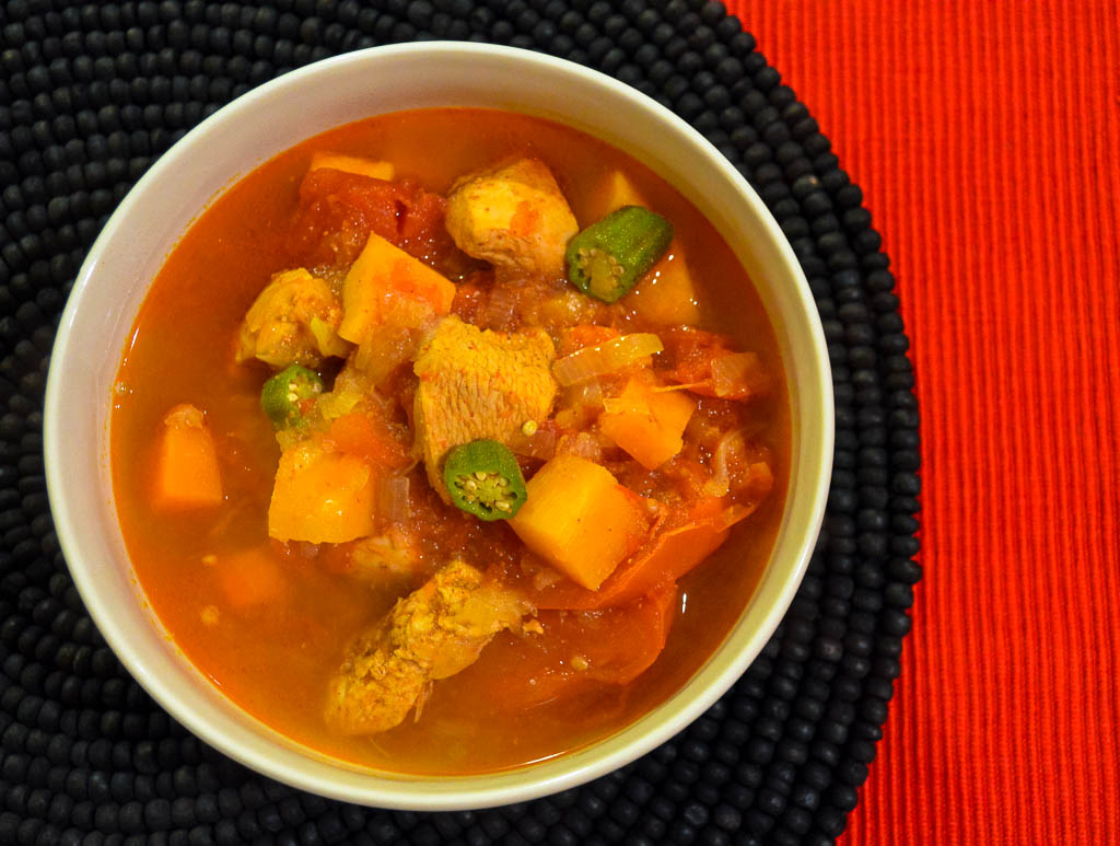 recipe for angola's national dish of muamba de galinha, chicken stew