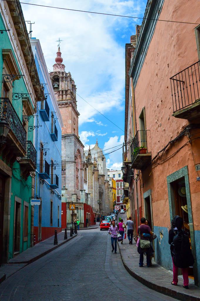 WALKING TOUR GUANAJUATO, MEXICO