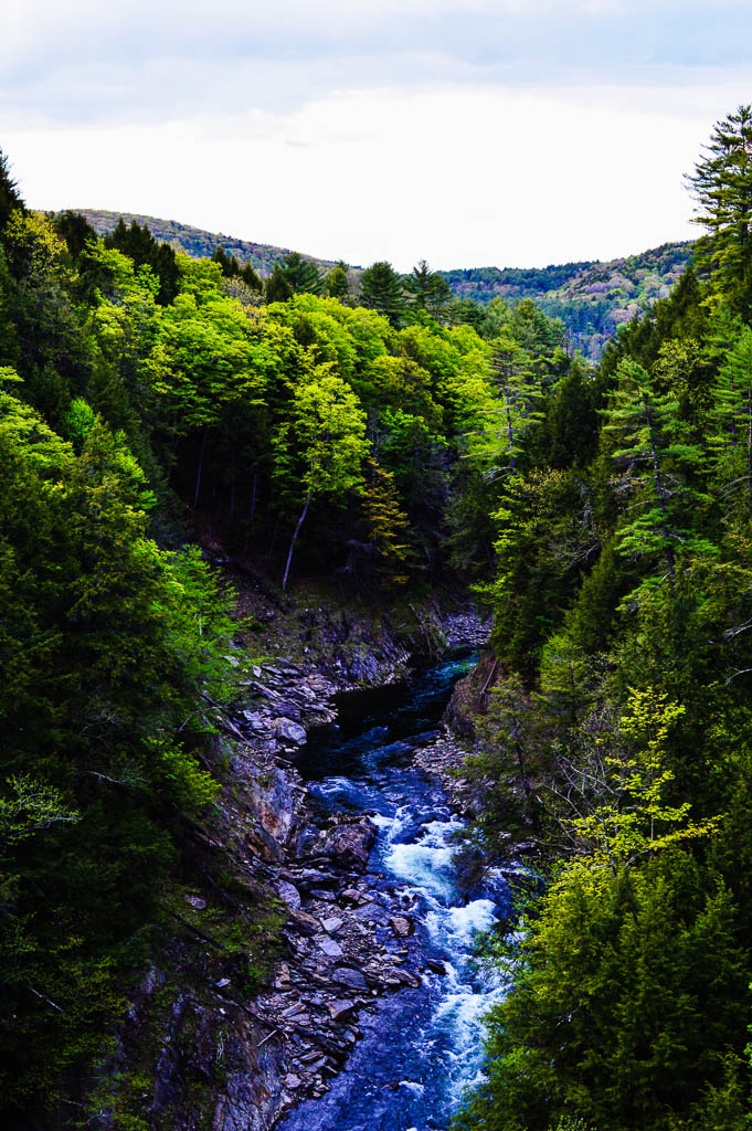 Quechee Gorge IN VERMONT NEW ENGLAND ROAD TRIP USA