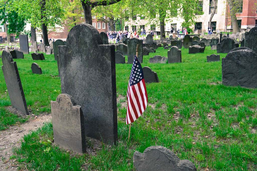 EXPLORING A CEMETERY AS PART OF THE FREEDOM TRAIL