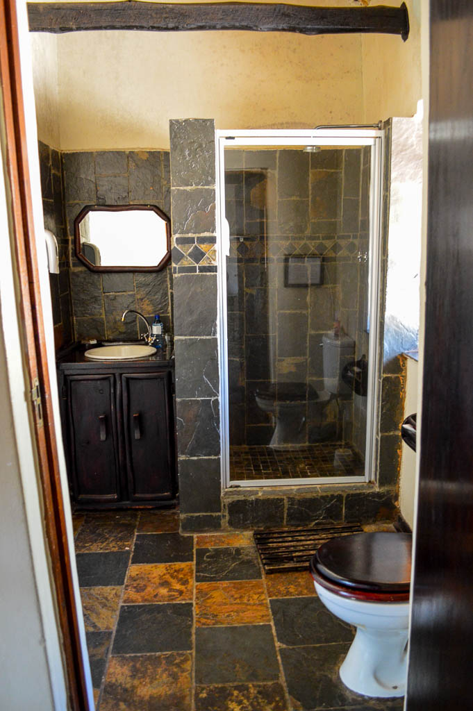 Thornhill Safari Lodge Bathroom