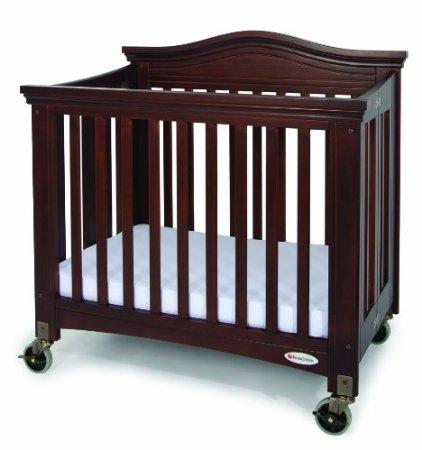 Foundations Royale Folding Compact Crib