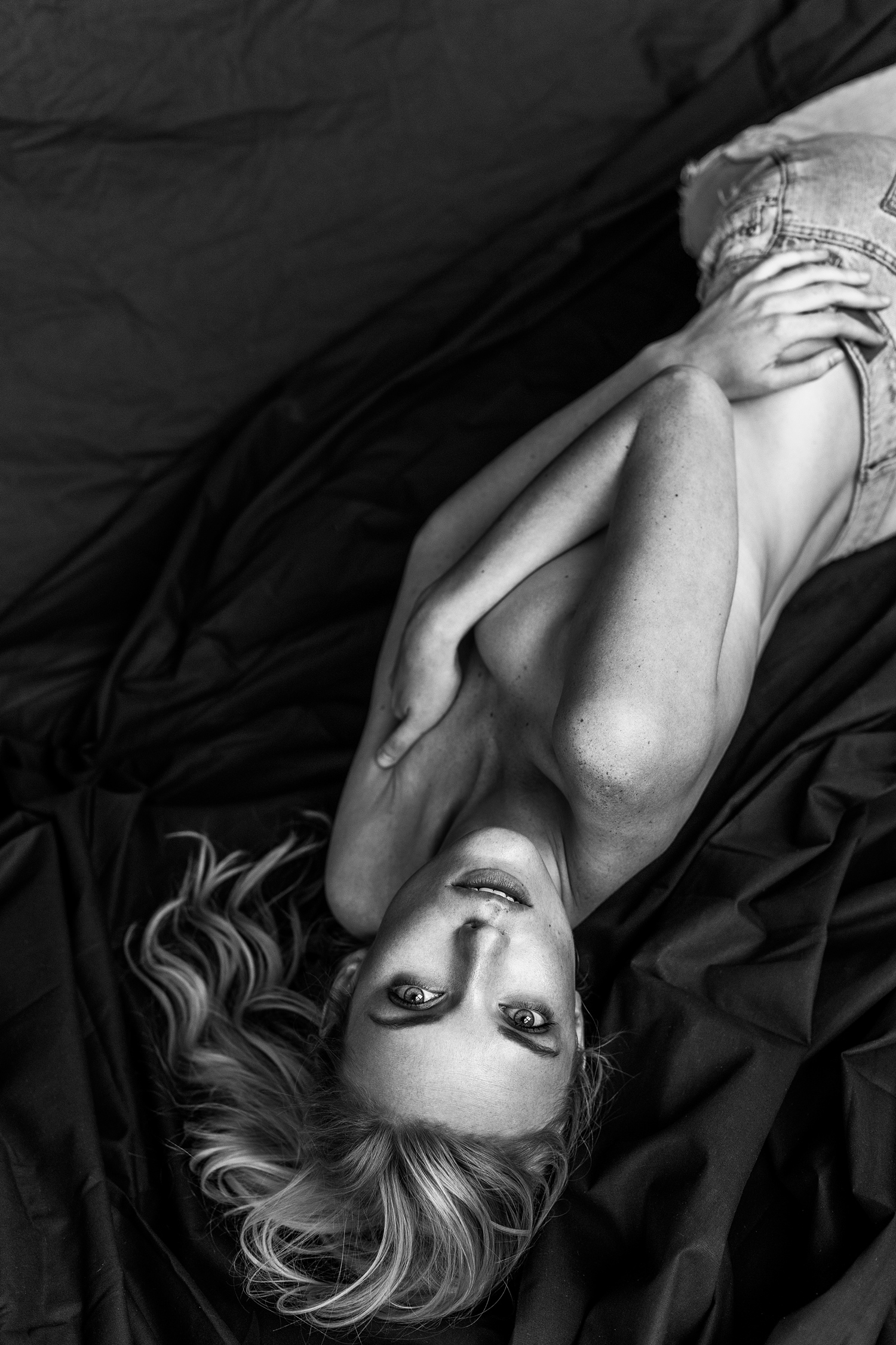 Weronika---Lay-copy.jpg
