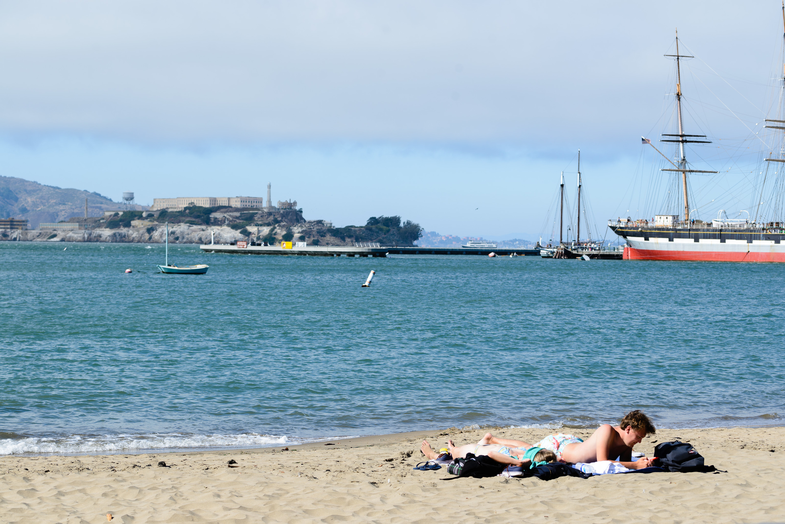 Finishing up with a most rare sight: people sunbathing at the beach in San Francisco! You can see the clouds coming in. The fog was rolling in at this point so they didn't have long.