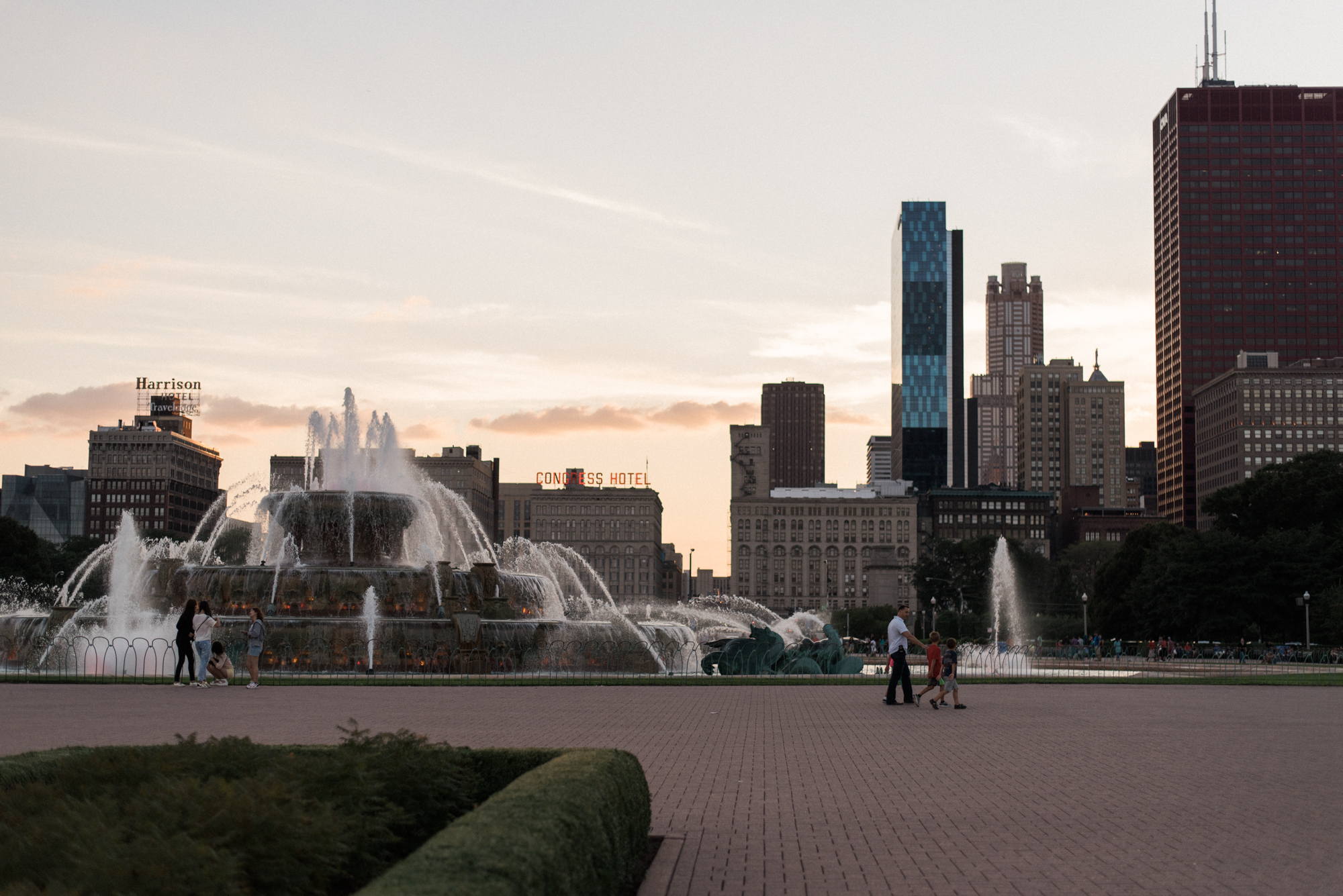 Chelsea Bliefernicht | Buckingham Fountain | Chicago Photographer