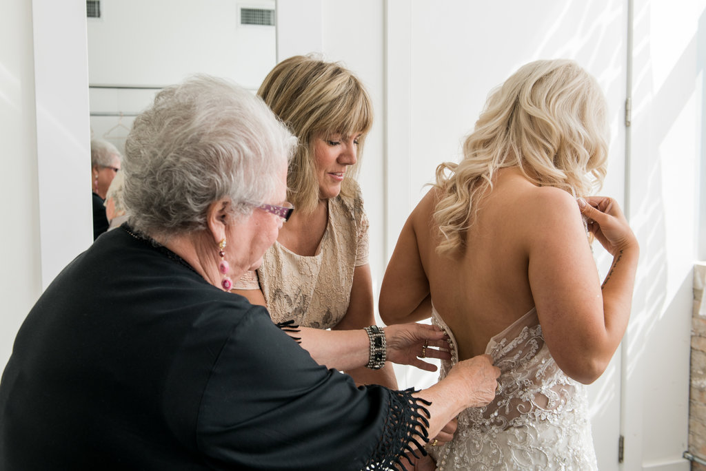 Room 1520 Chicago Wedding - Bridal Suite