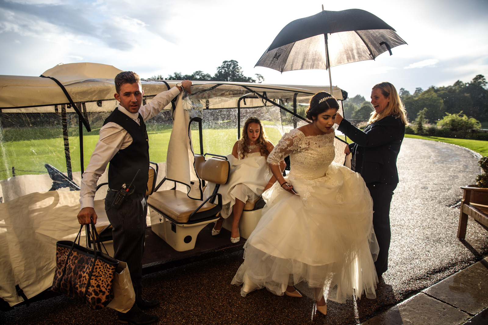 Debutantes arrive at Leeds Castle for the Queen Charlotte's Ball on September 09, 2017 in Maidstone.