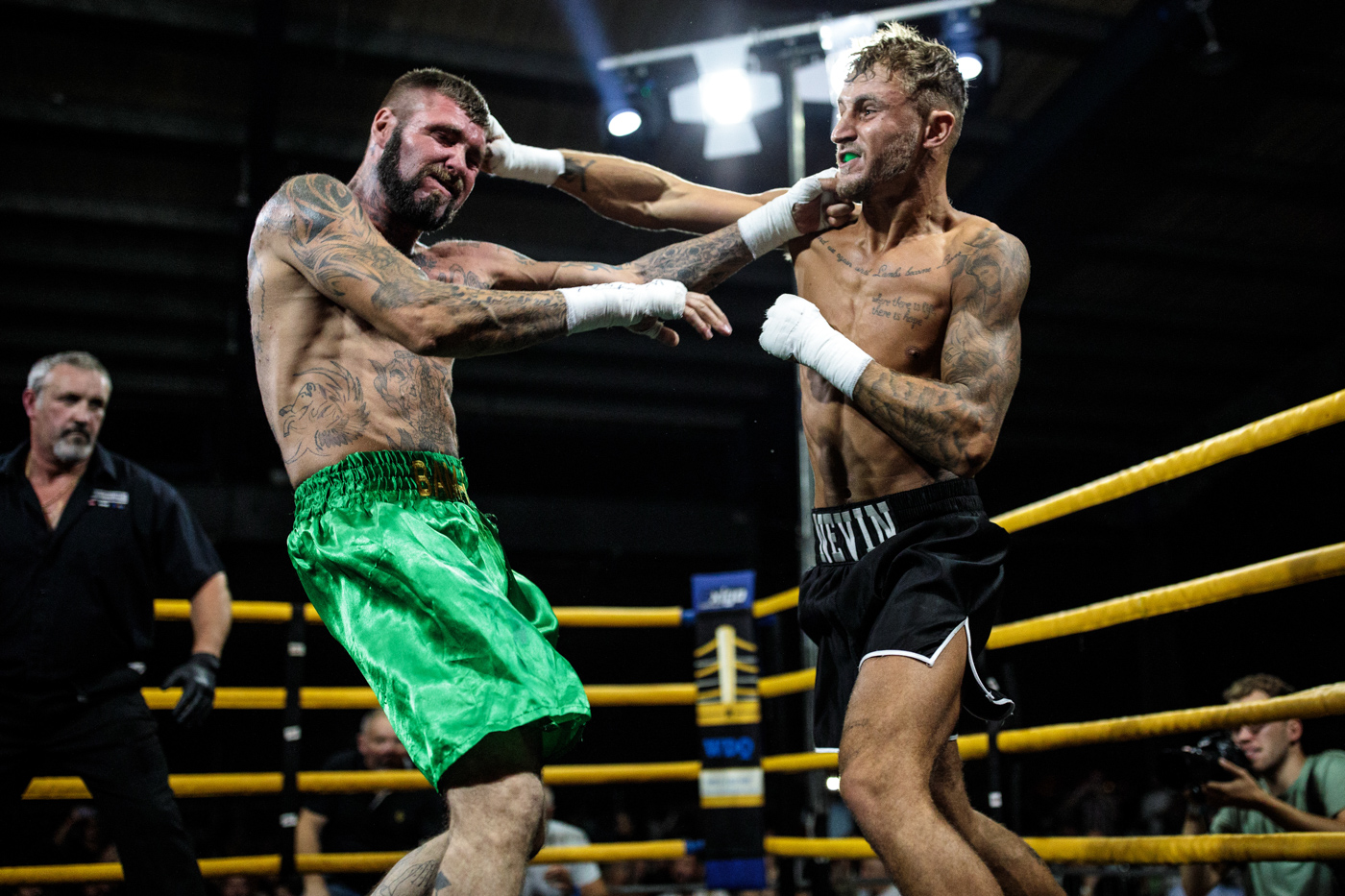 MANCHESTER, ENGLAND: Jay 'BamBam' Eggleston, 35 from Sheffield (L) fights Luke Nevin, 22 from Newcastle (R) during an Ultimate Bare Knuckle Boxing (UBKB) event at Bowlers Exhibition Centre on August 4, 2018.