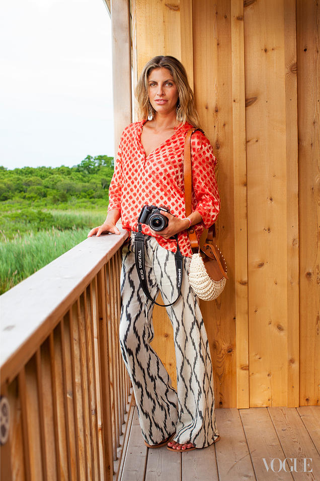 {Breezy and relaxed mixed pattern outfit}