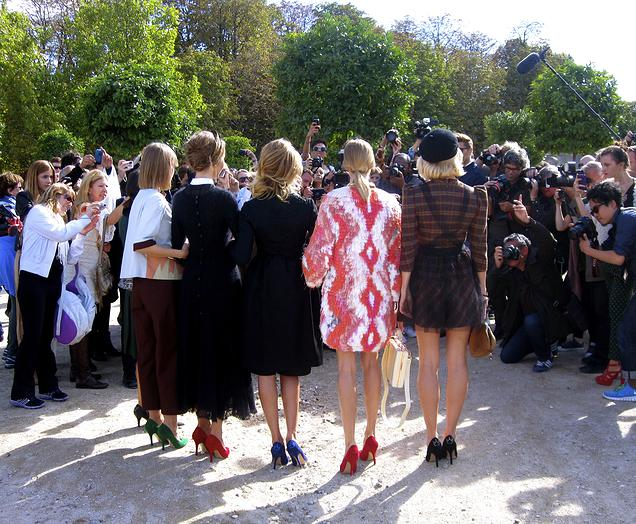 {Stalking one of the many Paris fall fashion week shows that take place in the Tuileries}