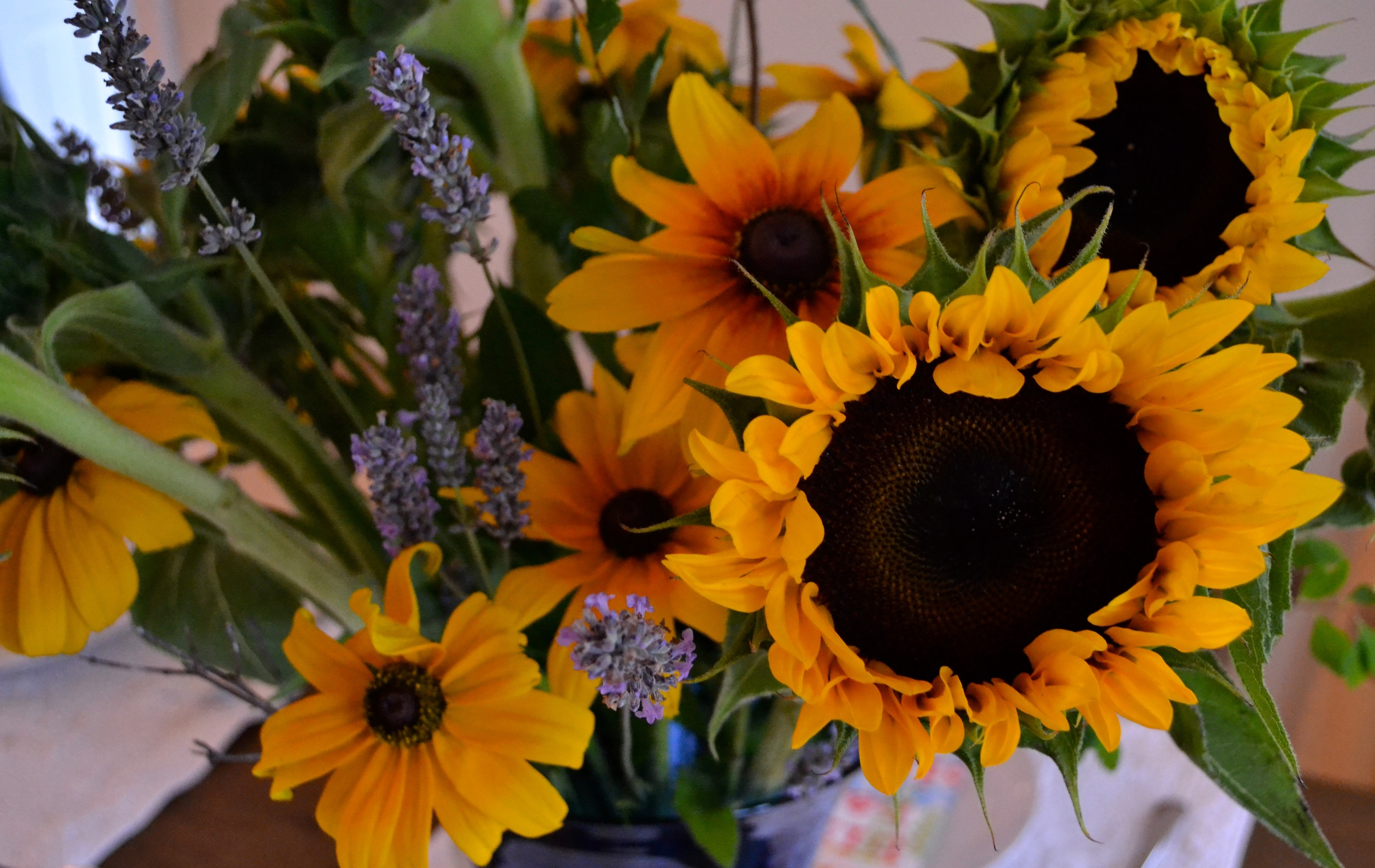 {Beautiful birthday flower arrangement}