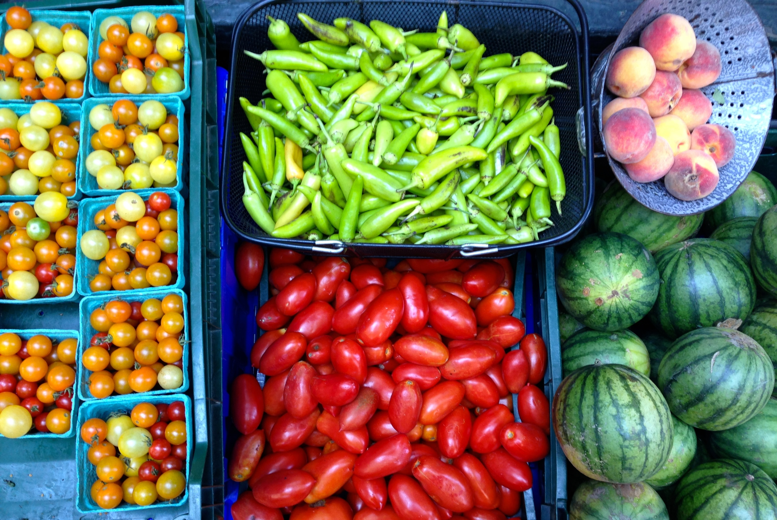 {Siena Farms opened the most precious mini farm store in the South End- check out dem veggies}