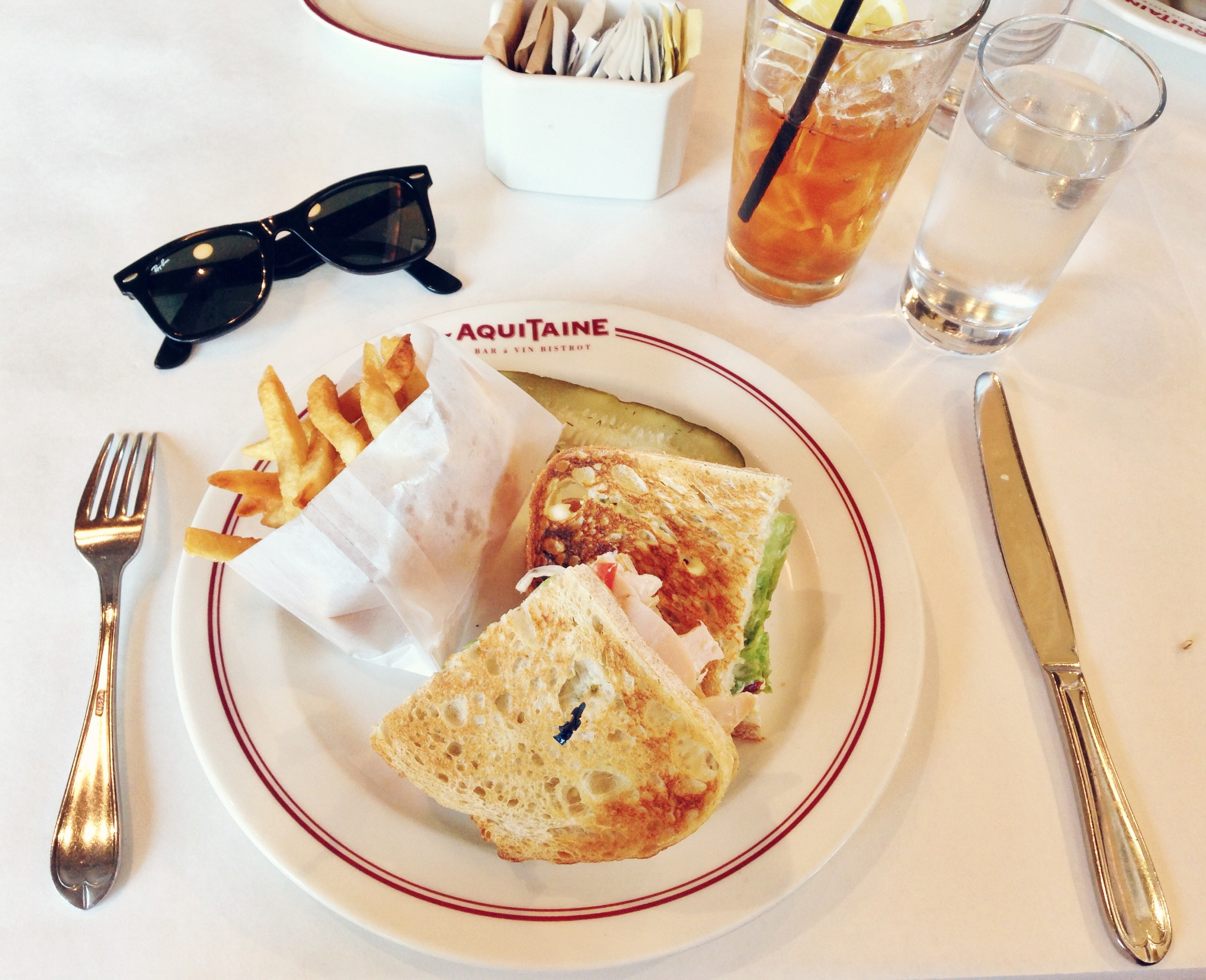 {Lunch with the gals at Aquitaine}