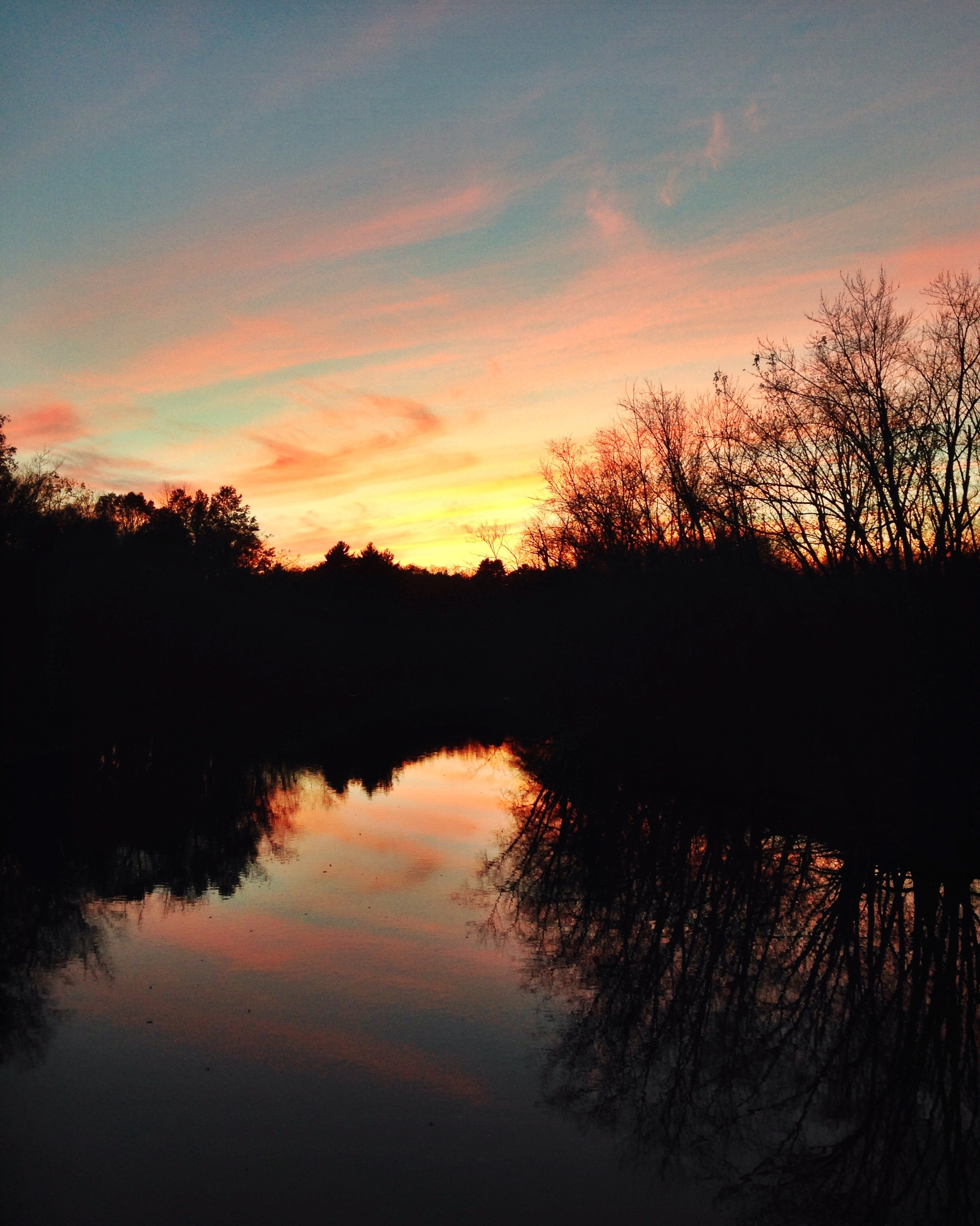 {Gorgeous sunset over the Concord River}