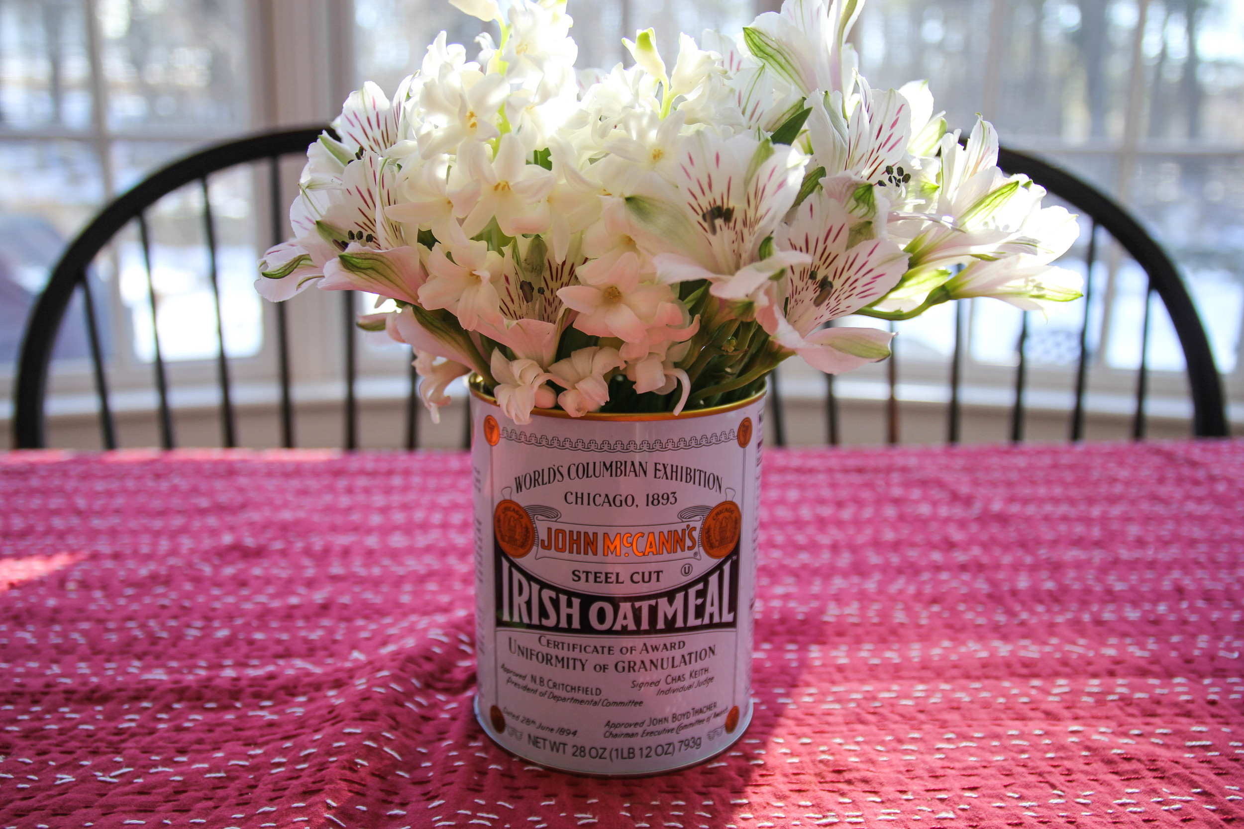 {Repurposing an oatmeal can for some fresh alstroemeria and hyacinth}