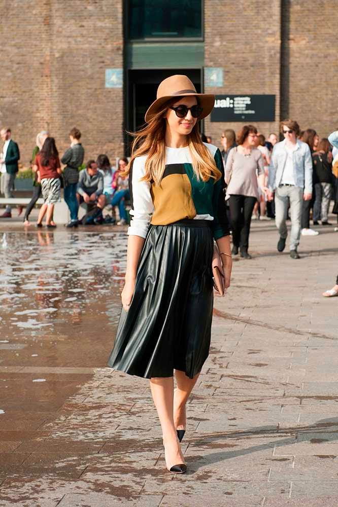 london fashion week-street style-spring 2015-front row blog-pleated and leather skirt.jpg