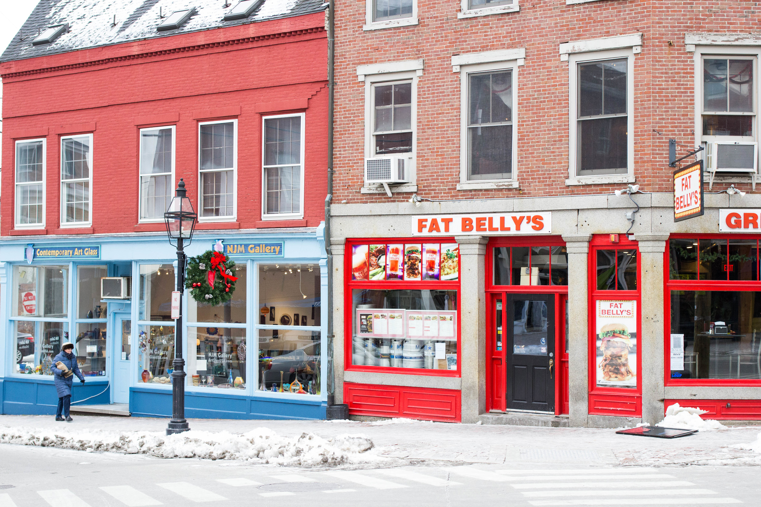 {Pretty colorful storefronts in Downtown Portsmouth}