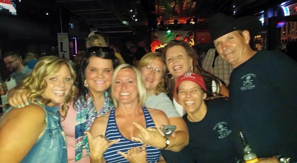 Emily, Kylie, me, Shari, Penney, Jen, and Lon.