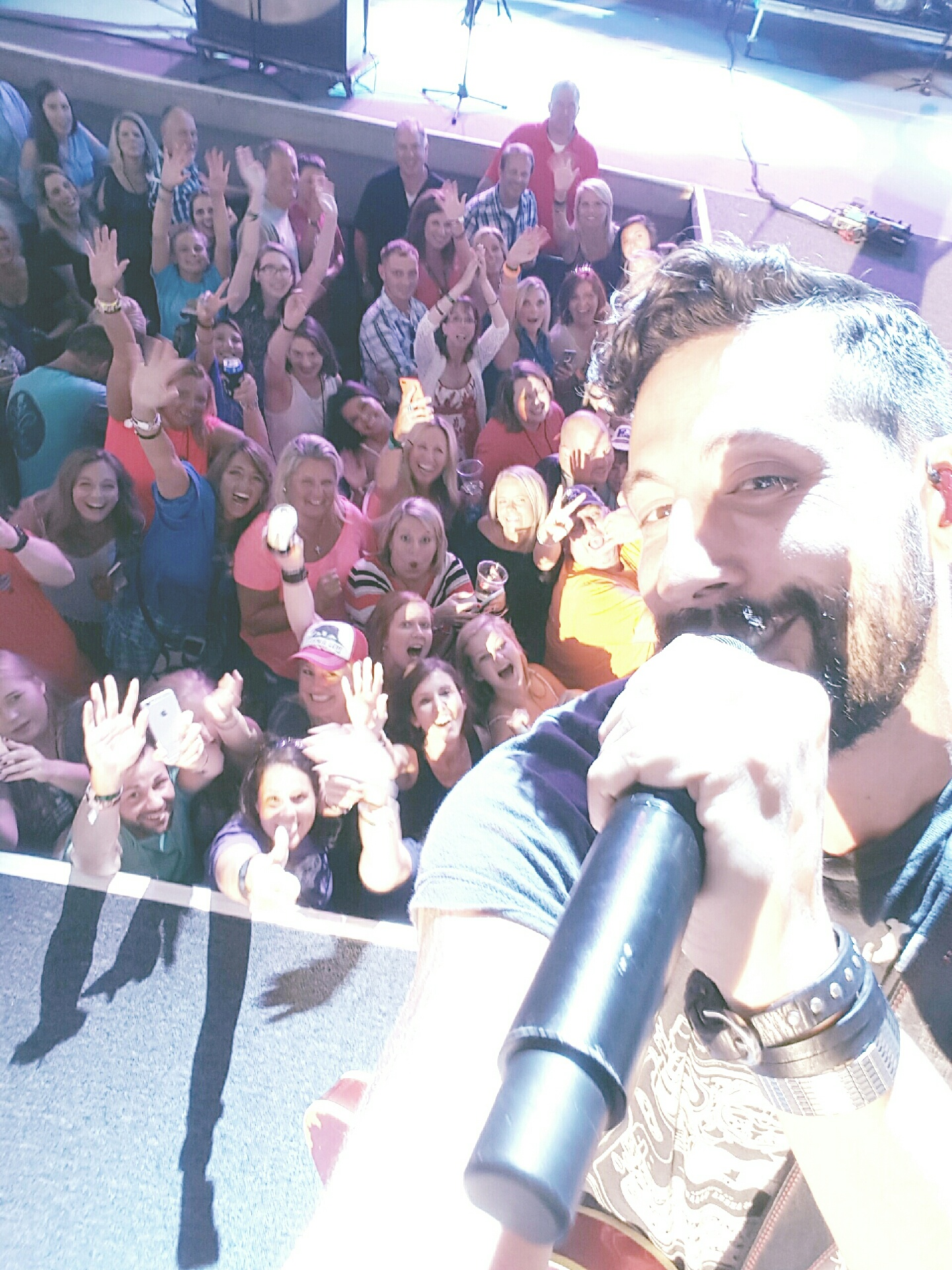 Matt from Old Dominion took a selfie with us!