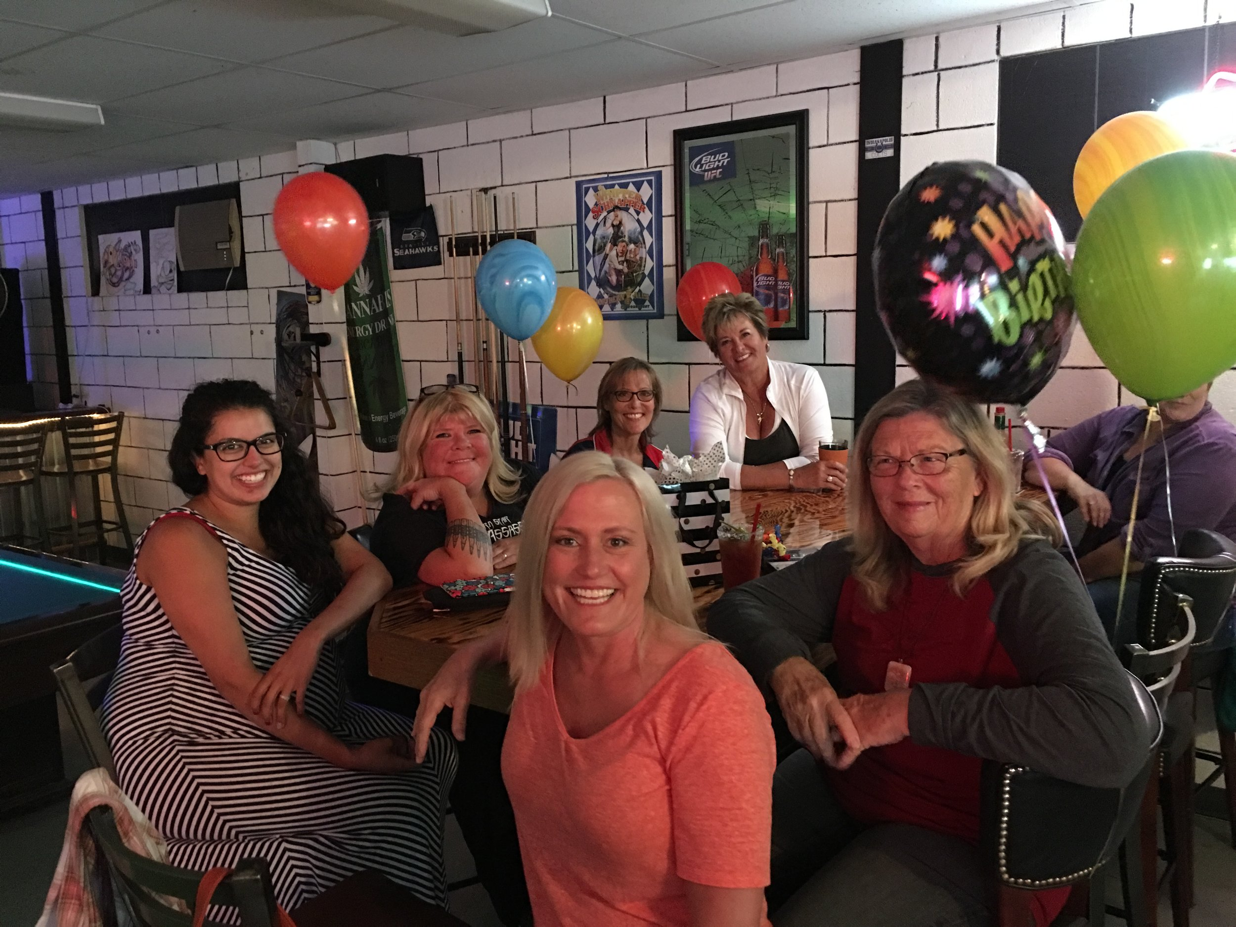 I love my friends! Alexa, Stacey, Belinda, Sara, Nicki behind the green balloon, and Sue.