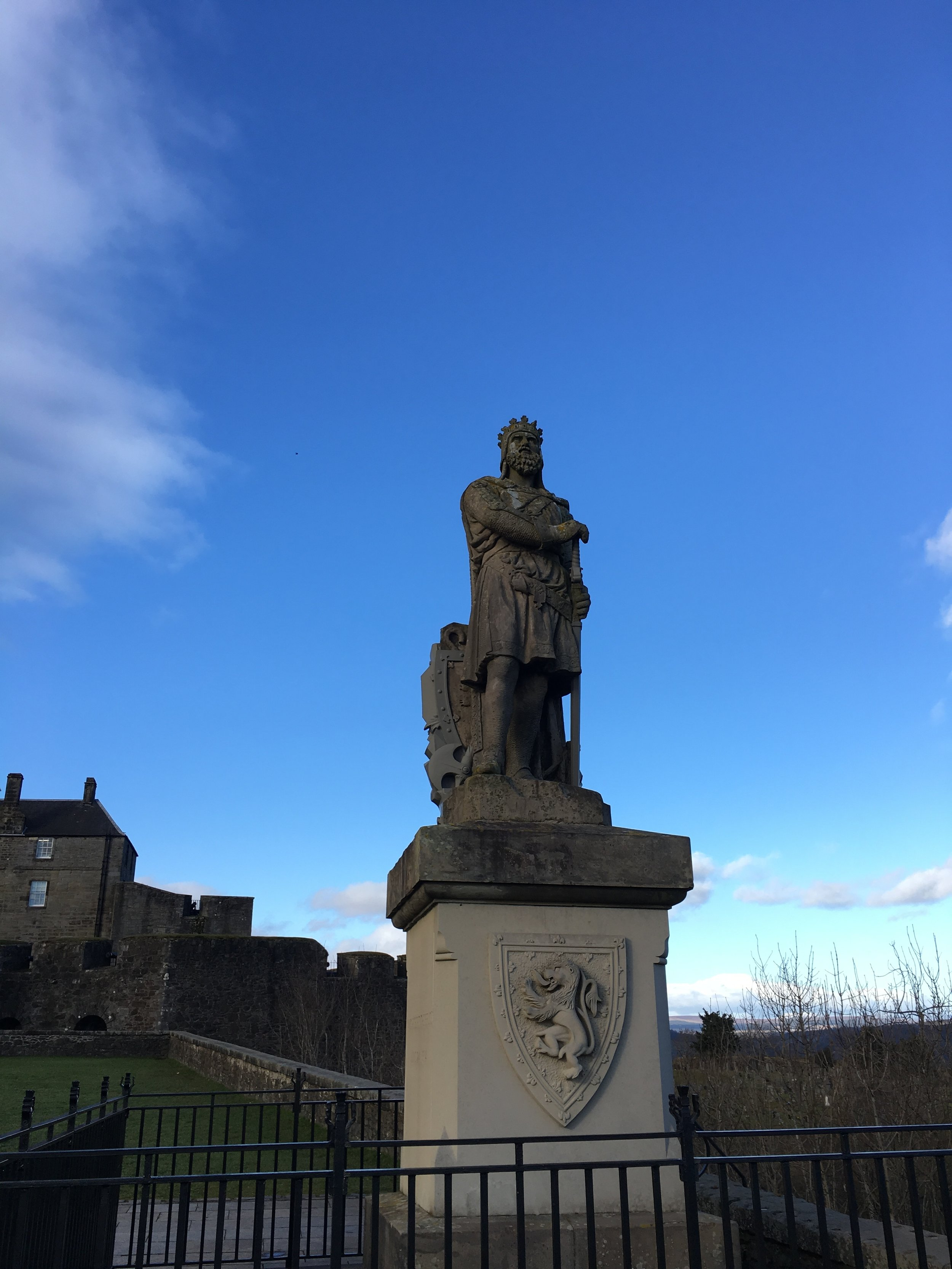 A monument to Robert the Bruce outside Stirling Castle.