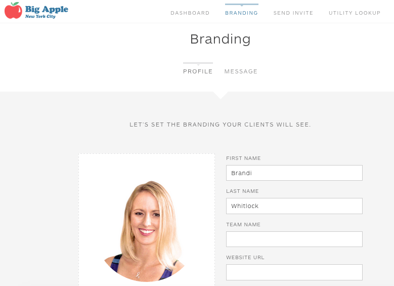 Toggle between your branding elements and your custom message.