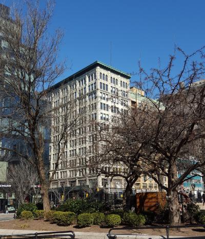 19 Union Square West