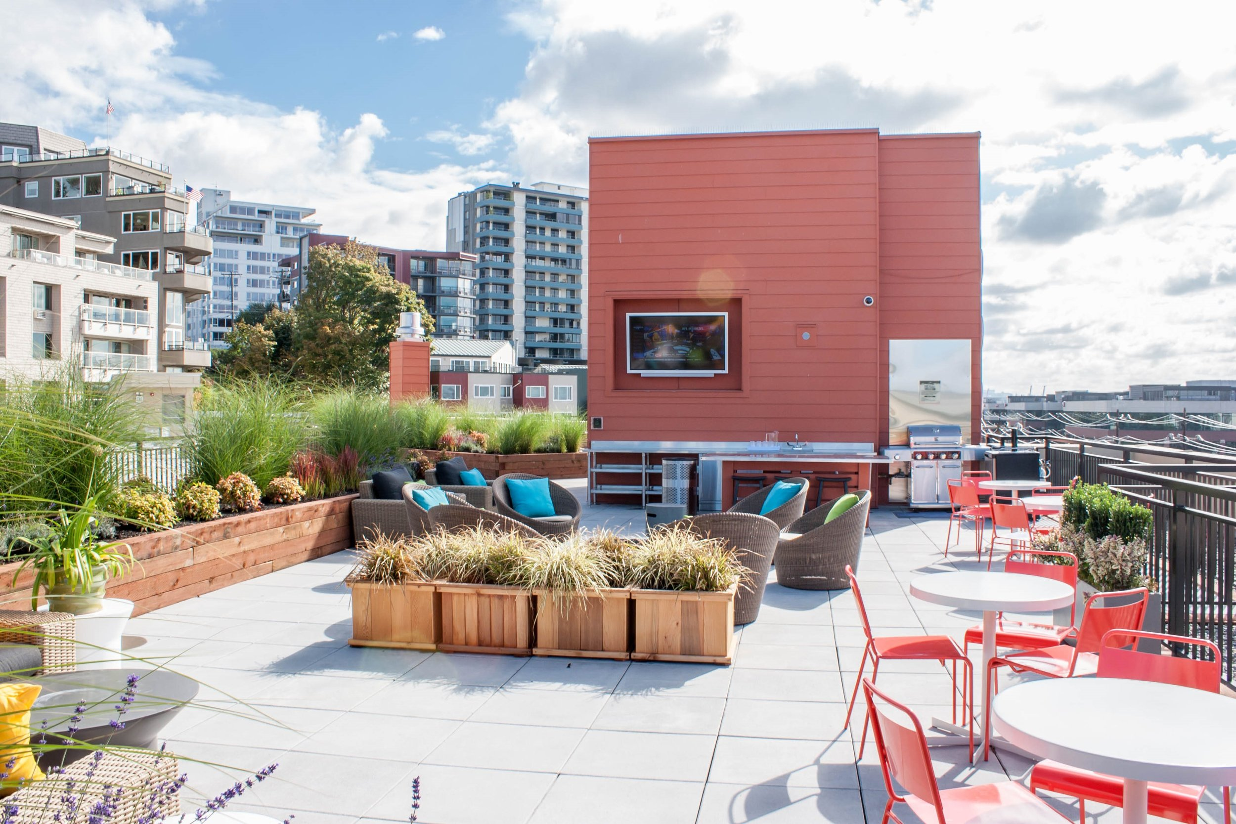 The Canvas Apartments in Seattle, WA