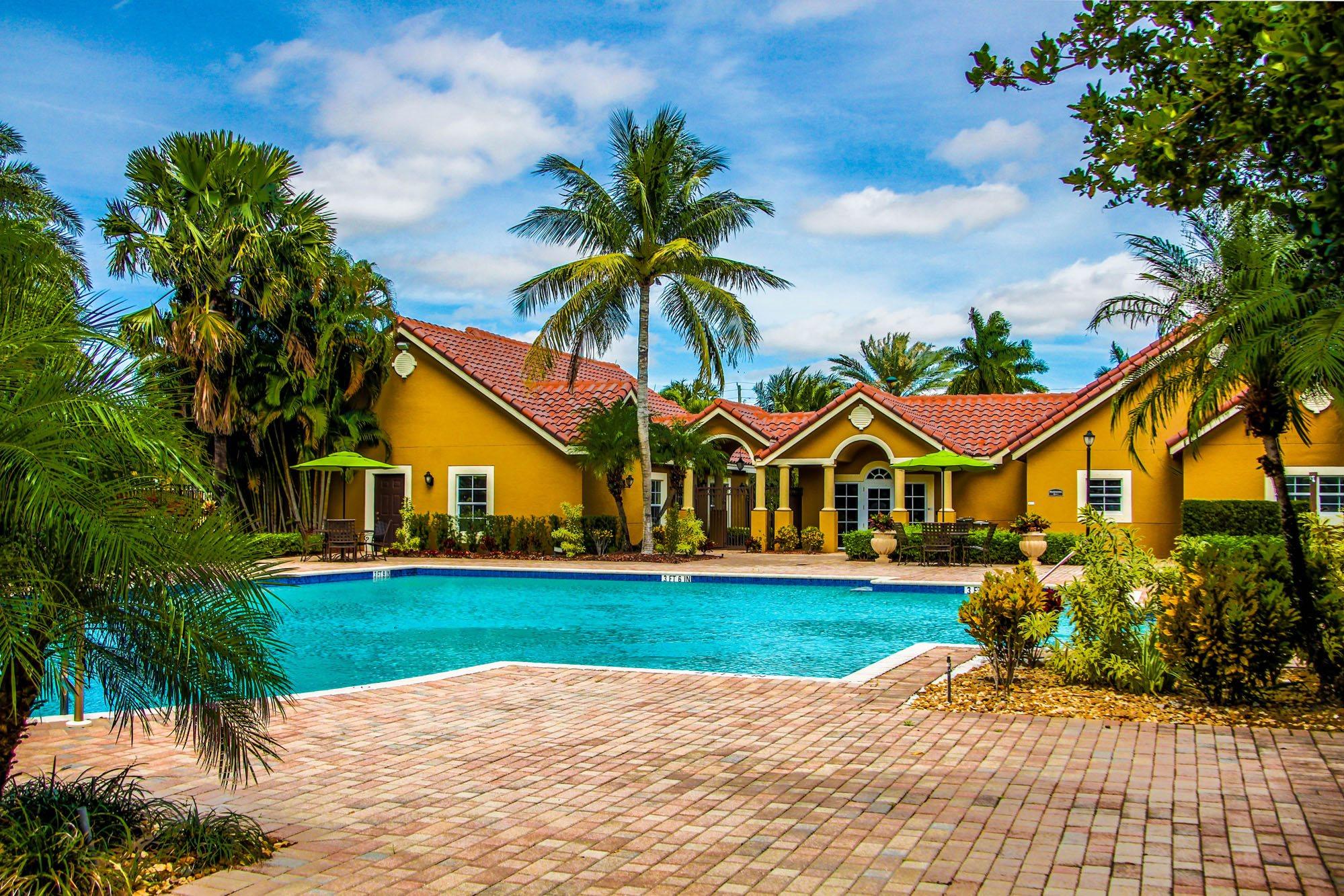 Oasis Delray Beach Apartments in Delray, FL