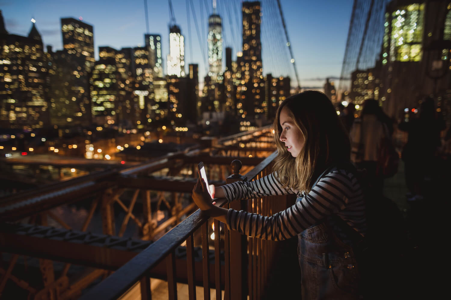 woman in city - artificial intelligence brokerages