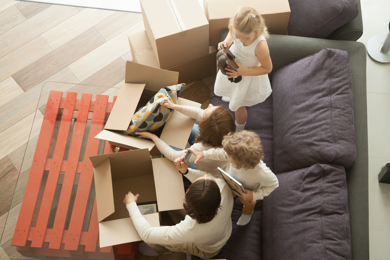 family moving - how much does it cost to move