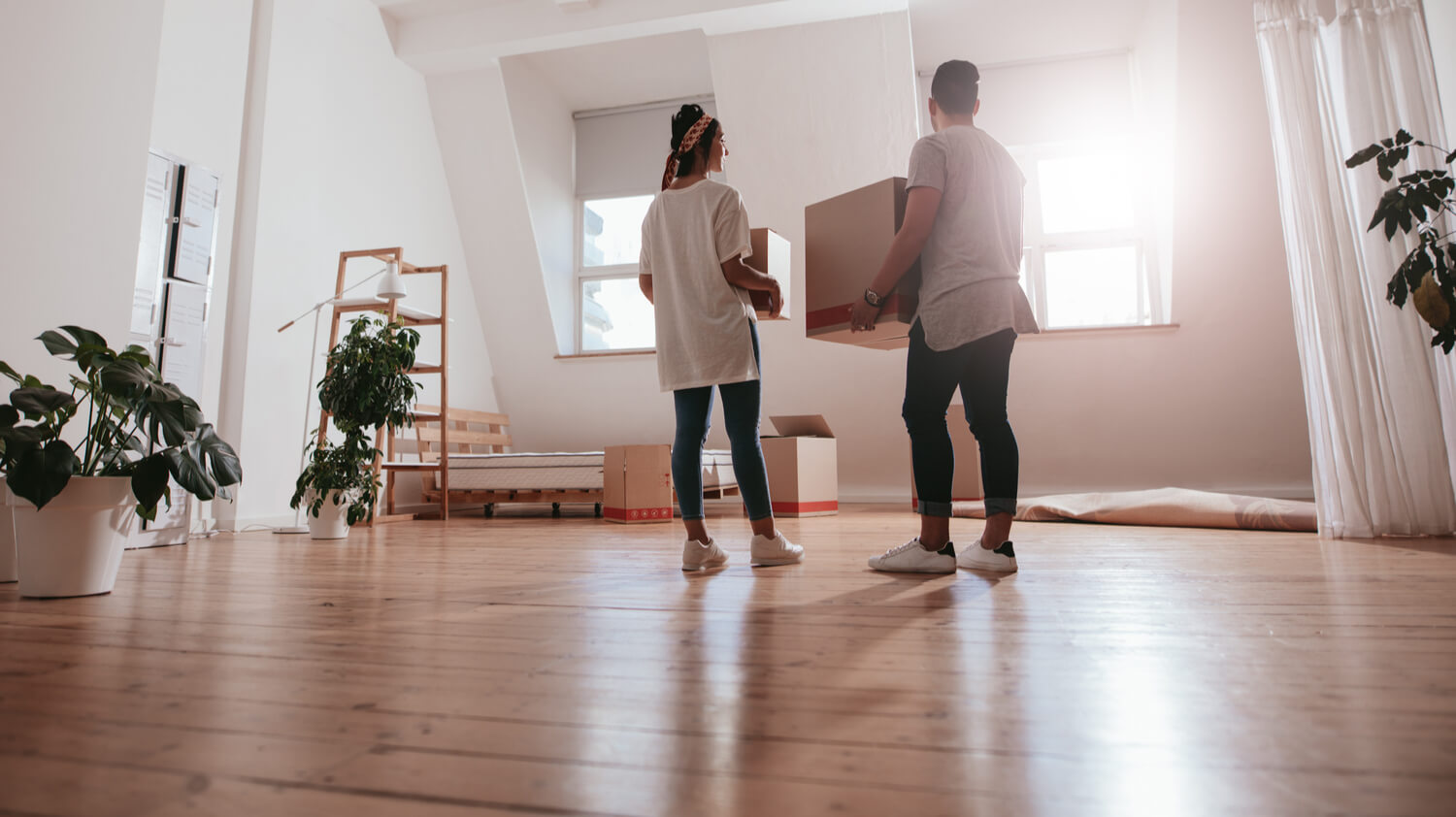 unpacking - how to choose a moving company