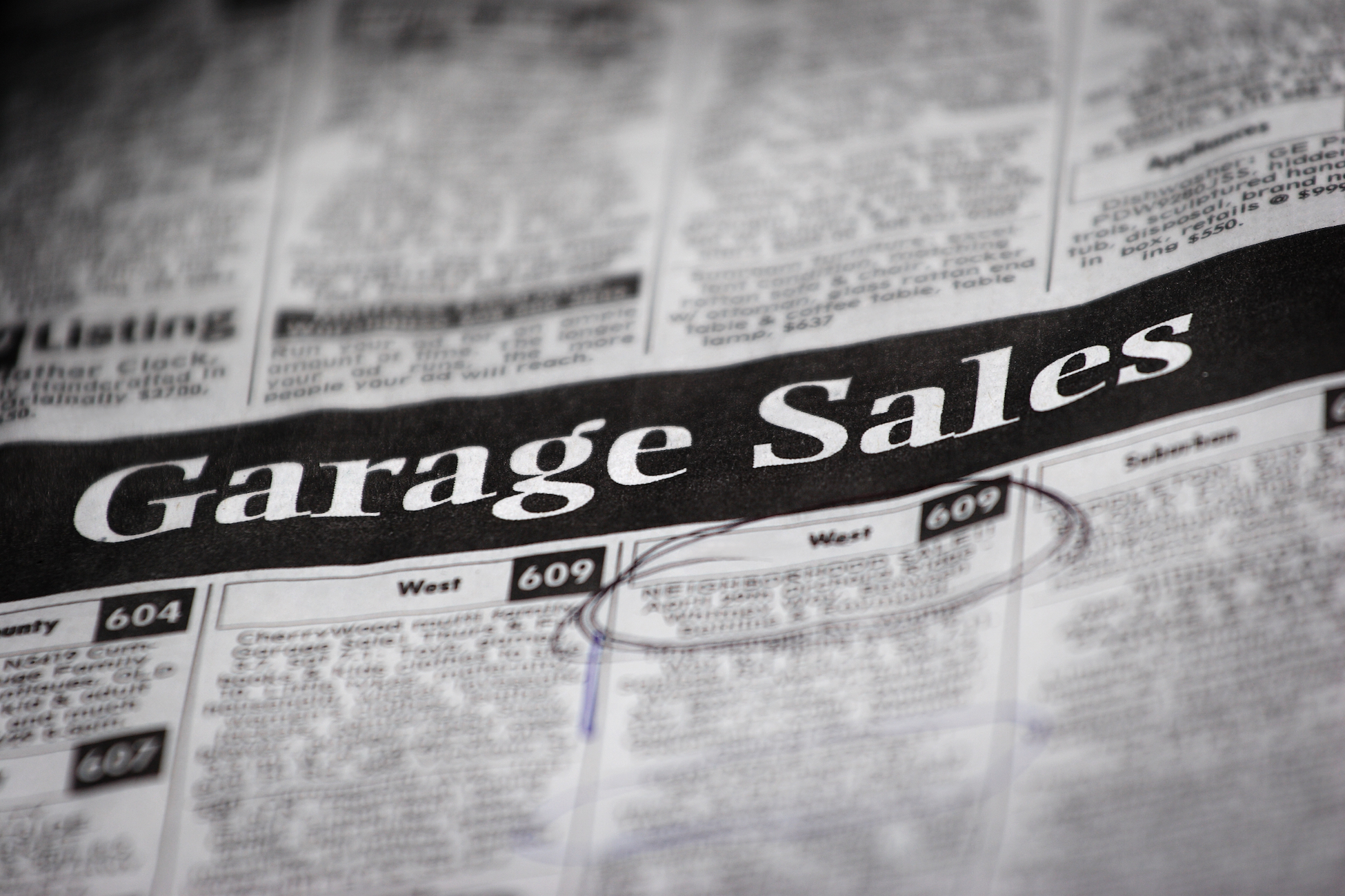 garage-sale-newspaper-ad_how-to-hold-a-successful-garage-sale.jpg