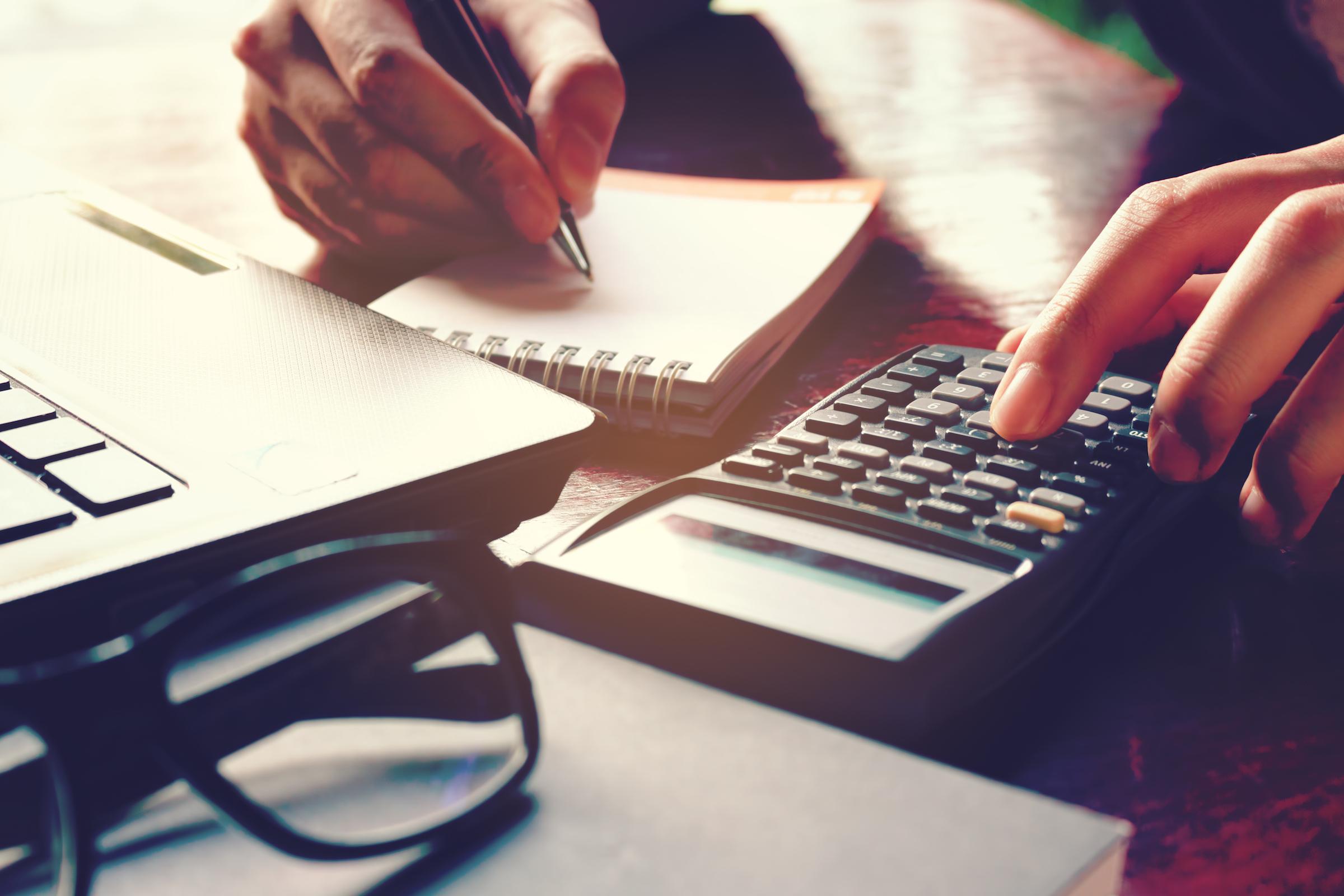calculator_moving-loans