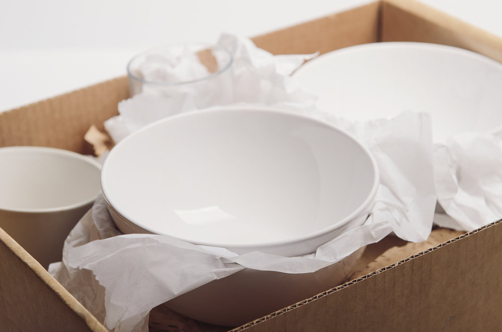 How to Easily Pack Dishes and Stop Breaking Plates - Updater