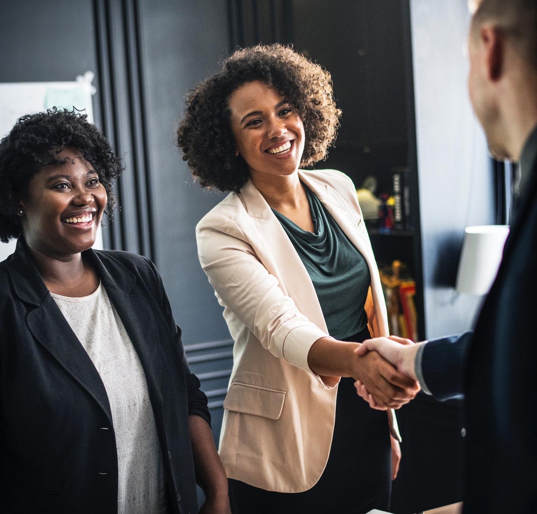 women-handshake-prevent-buyers-remorse.jpg
