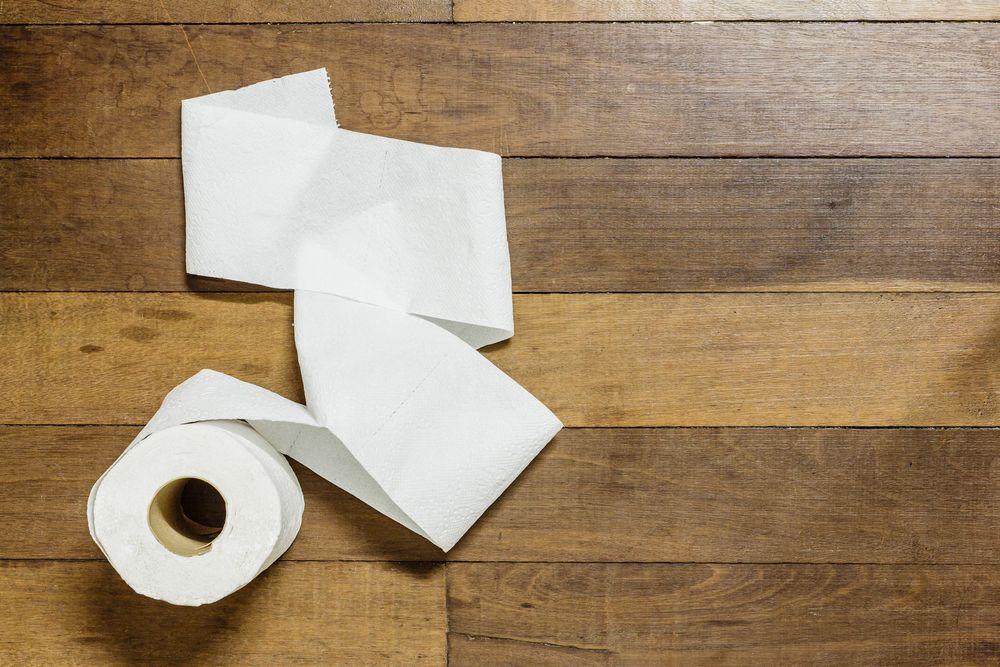 toilet-paper-college-apartment-checklist