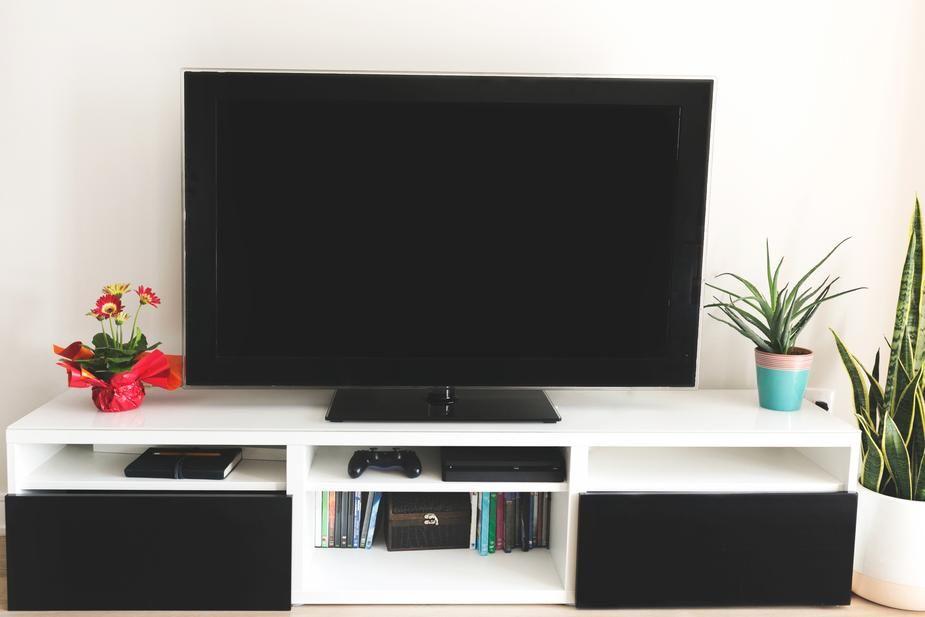 tv-college-apartment-checklist