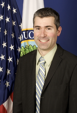 Richard Culatta speaks at the Gigabit City Summit's EDU trackon Tuesday, January 13.