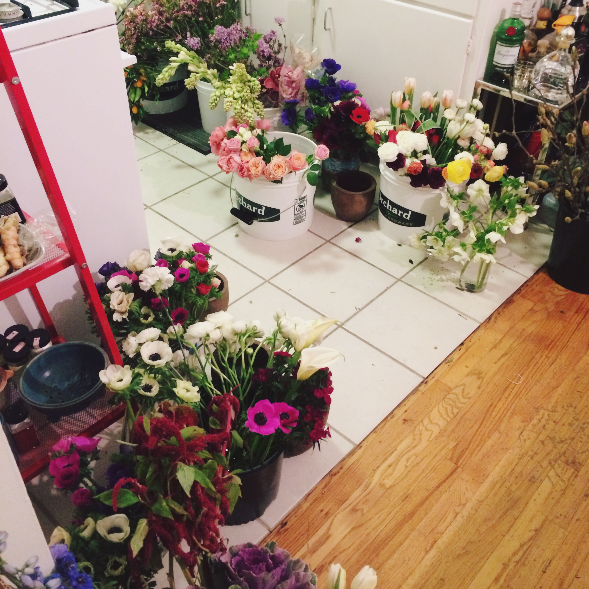 omg flowers have taken over our kitchen (and dining room and living room)  #canyousmellwhatimcookingtonight #therockshoutout