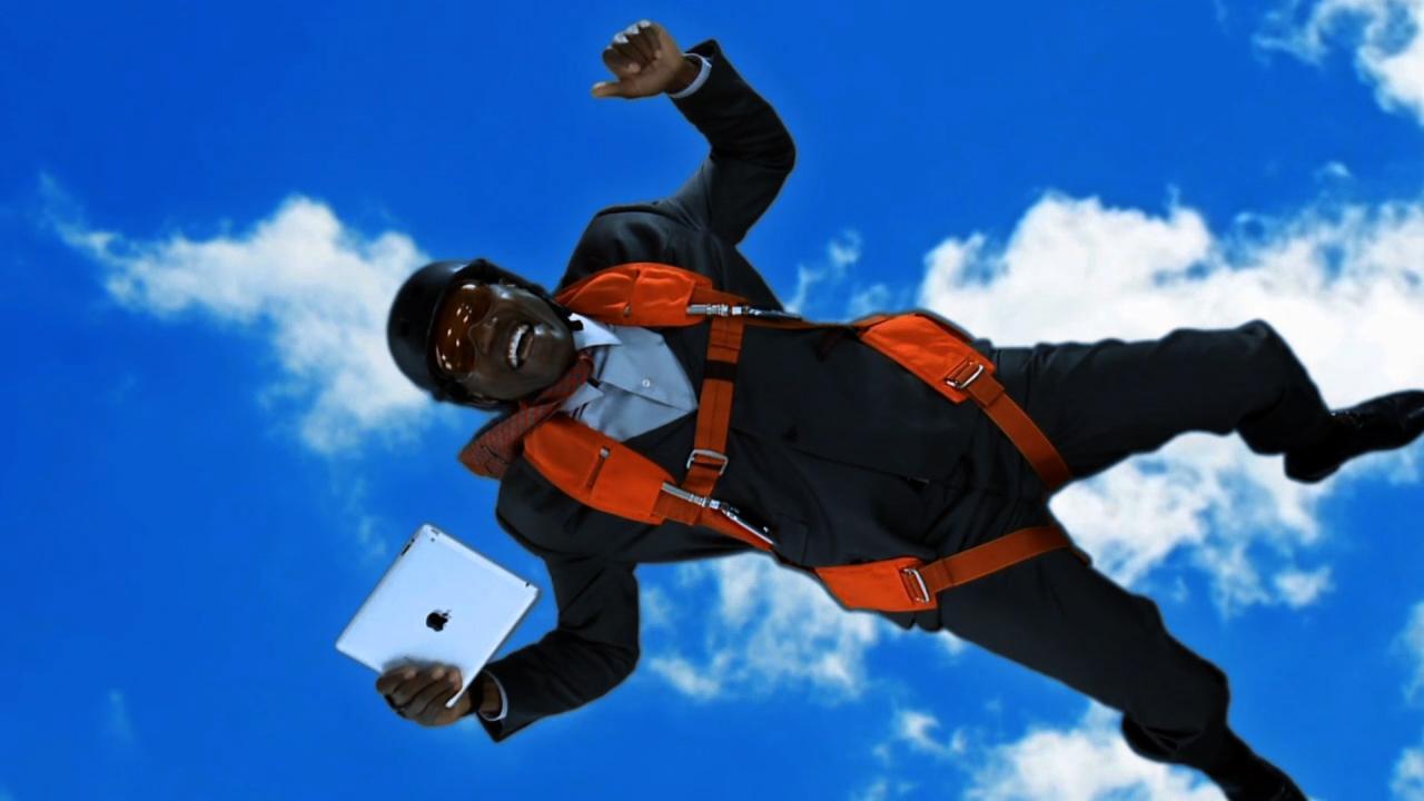 EMC_Skydiver.jpg