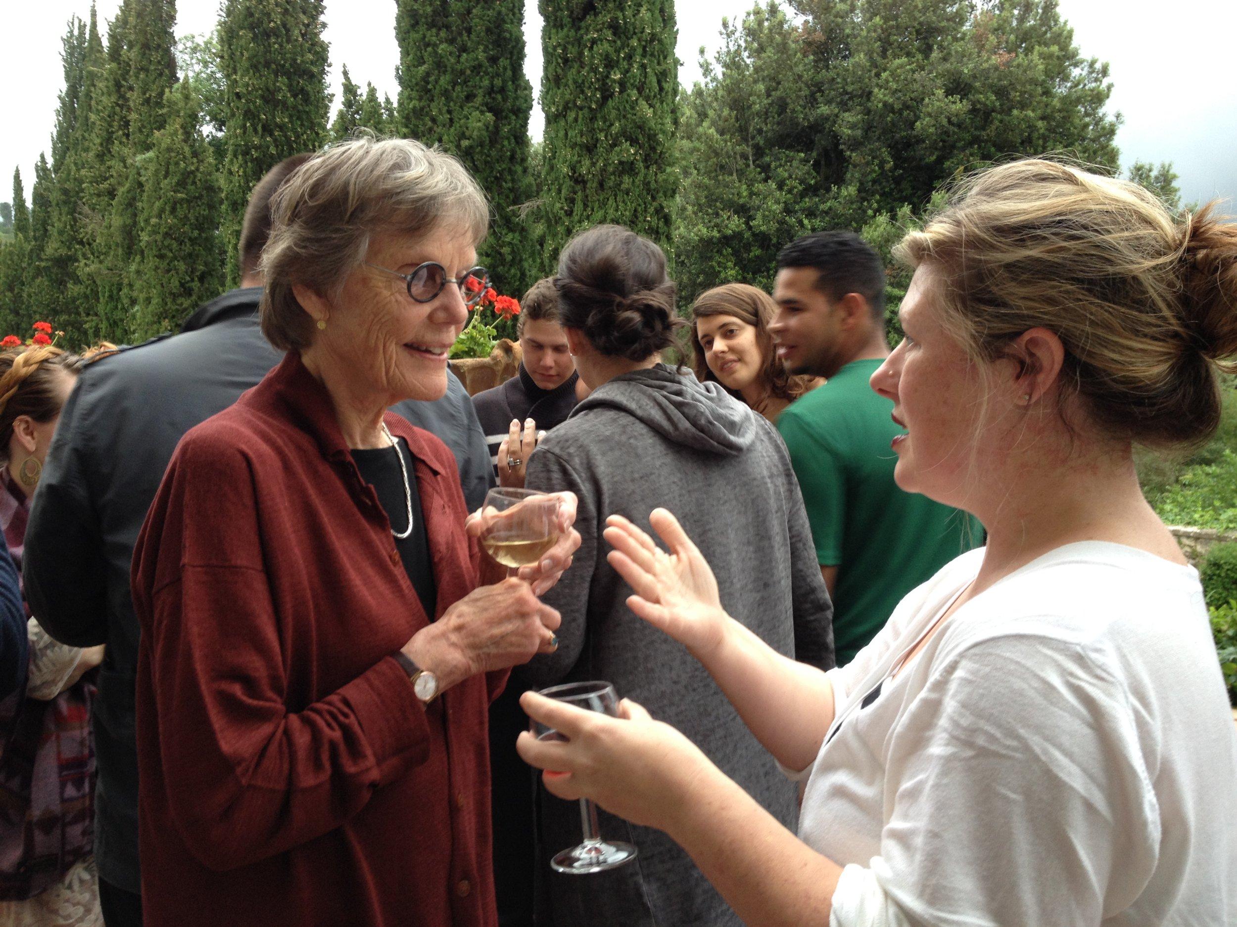 Alison Hildreth at Spannocchia speaking with IDSVA student Lisa Williamson. Photo by Simonetta Moro