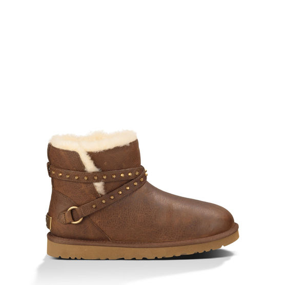 Ugg Emersen Boot  For a little edge after yoga when you take to the streets.