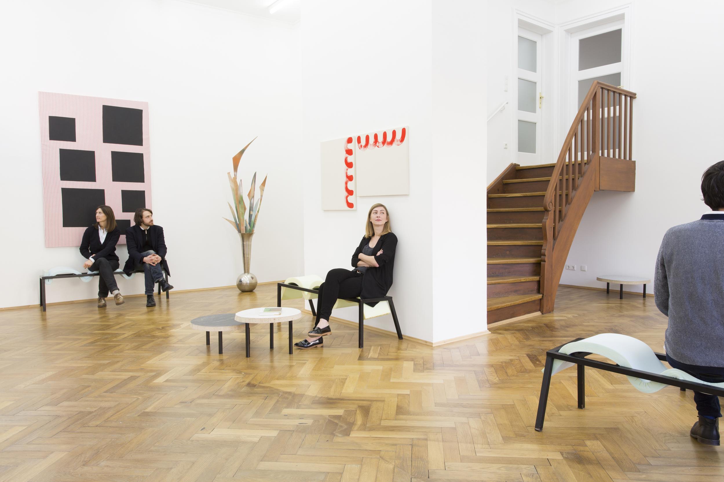 Elvire Bonduelle - waiting room #4 - installation view