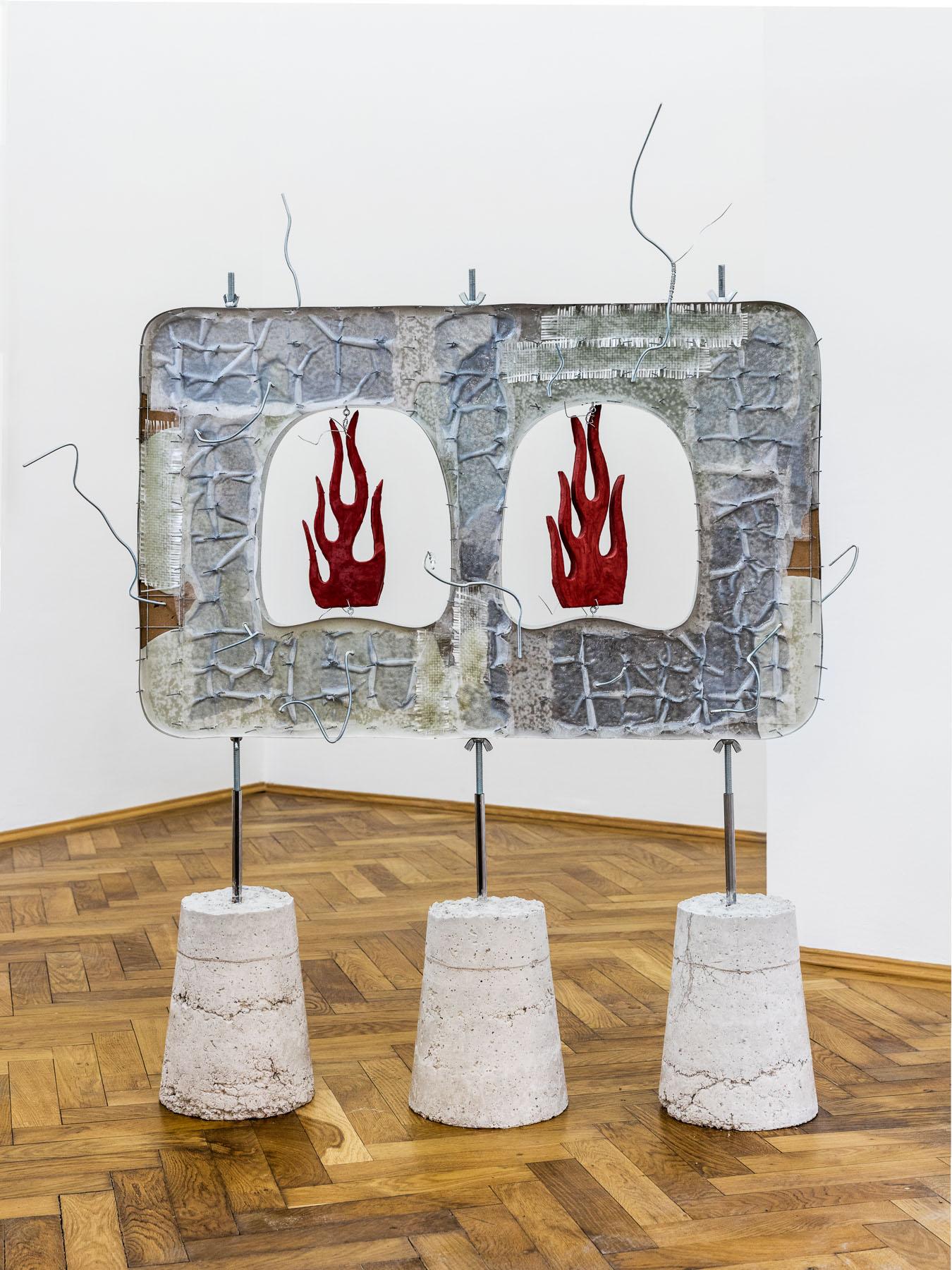 Stefan Fuchs, Something hot, 2017, Mixed media, 151 x 137 x 70 cm