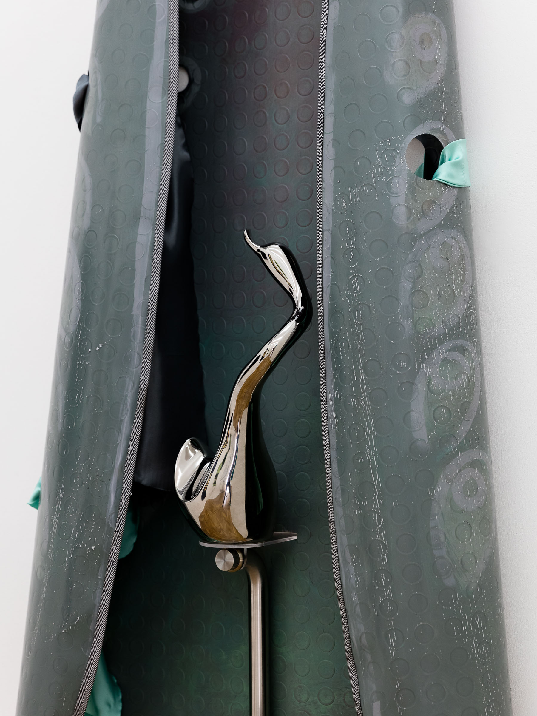 Ana Navas; Iron (detail), 2018; pvc, acrylic, metal, textile, ceramic; 195 x 62 cm