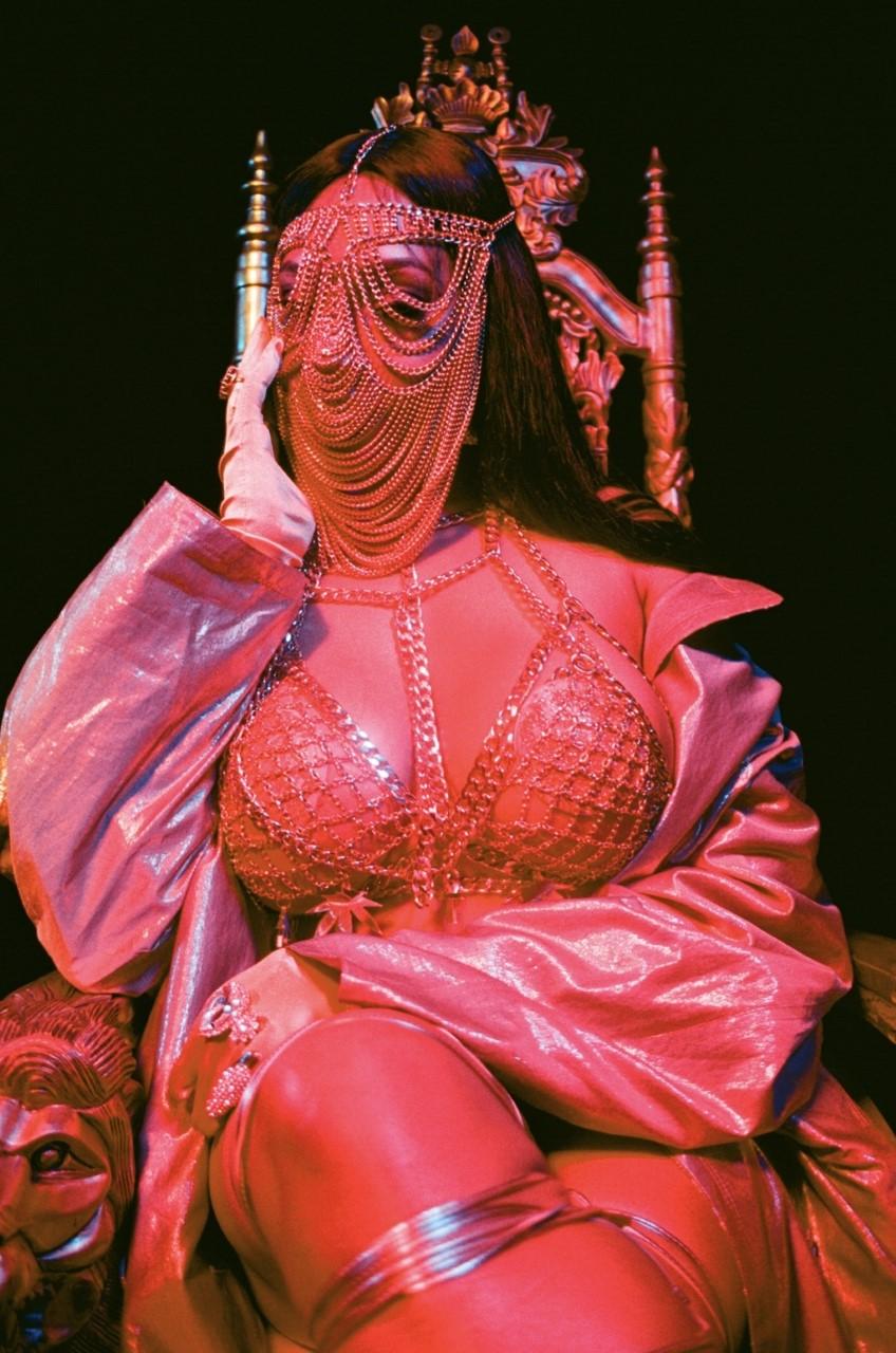 Naysap_ styles  Lisa Mercedez  for  'Talk to mi nice'  music video. Image taken by Naysap on 35mm
